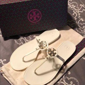 Tory Burch size 9 flat thong Sandals